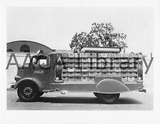 1938 Mack Coca Cola Model MB bottlers Rack Truck, Factory Photo (Ref. #55601)