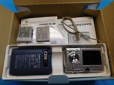 Canon PowerShot Digital ELPH SD300 / Digital IXUS 40 4.0MP Digital Camera 3 Batt