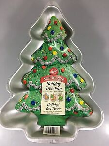 Wilton Holiday Christmas Tree Aluminum Cake Pan 2105-2058 Instructions 2001