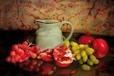 Stillleben - Krug Granatäpfel Trauben Selbstklebende Tapete (180x120cm) #126010