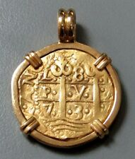 1733 GOLD PERU 8 ESCUDOS COB TREASURE COIN IN 18kt BEZEL