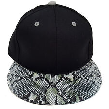 SNAKE SKIN PLAIN (BLACK/GREY) COTTON SNAPBACK CAP