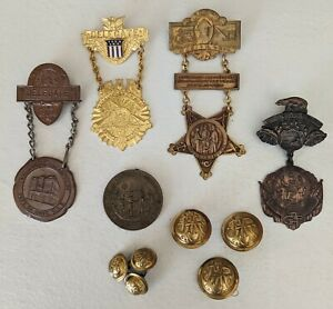 Group Of GAR Reunion Medals And Buttons