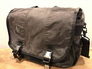 Timbuk2 Commute Messenger Bag - Waxed Canvas with metal buckles