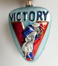 Polish Glass 1940's V Day Sailor Kissing Times Square Ornament one of series 5""