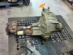 1999-2010 GMC Sierra 2500 3500 Front Axle Differential Carrier 4.10 Ratio