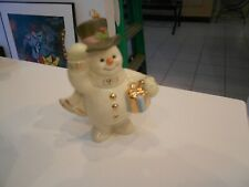 "Lenox 1998 Snowman With Gift Ornament/Taiwan 4"" X 3"" X 2"" Excellent"