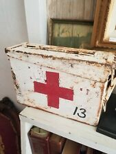 VINTAGE Metal MEDICAL / MILITARY First AID ( Medical Supply Company ) Kit Box