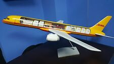 DHL  PLANE 757 -200 DIECAST CARGO AIRPLANE PLANE MODEL & STAND