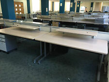 Steelcase mobile desks : 12 available from stock : Installation available
