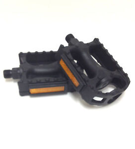 BICYCLE PEDALS 9/16 INCH PEDALS CROMO SPINDLE PLASTIC PEDAL BIKE REPLACEMENT NEW