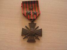 superbe  medaille 1914 1916 ww1   avec 3  etoiles dont 2 argent