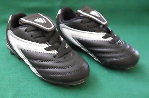 VIZARI VERONA BOYS BLACK AND WHITE SOCCER SHOES/CLEATS SIZE 8.5 NEW IN BOX