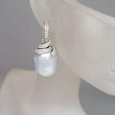 Ohrhänger mit 0,92ct Brillant und 2 Südsee Barock Perlen in 750/18K WG