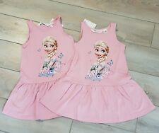 ❤H&M❤Zwillinge 2x Disney Anna und Elsa Frozen Kleid rosa Gr. 110 / 116 NEU