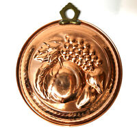 """Vtg. Hammered Copper Peach Fruit 8"""" Pan Wall Hanging Jello Cake Mold Kitchenware"""