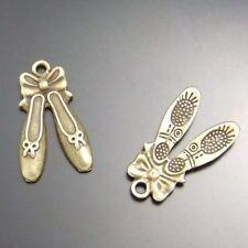40X Antique Style Bronze Tone Alloy Dance Shoes Pendants Charms 21*7mm