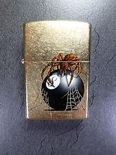 """Zippo """"Eight Ball with Spider"""" - latón-nuevo con embalaje original - #534"""