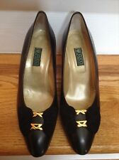 d586c2e39 Gucci Women's Black 38 1/2 (8) Classic Pumps Heels Suede with Bow