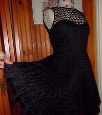 Robe de soirée SINEQUANONE 40 tout en dentelle noire MAGNIFIQUE