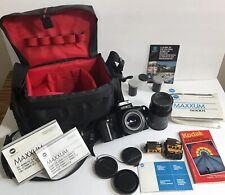 Minolta Maxxum 5000i 35mm SLR film camera with 2 Lenses bag & Manuel's.  EUC