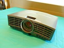Mitsubishi XD460U Projector DLP 2600 Lumens + Remote [No lamp included]