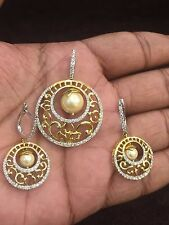 12.46 Cts Round Brilliant Cut Diamonds Pearl Pendant Earrings Set In 14K Gold