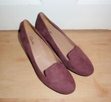 BNIB Clarks ladies DENNY MASCOT suede heeled shoes size 4.5 E WIDE FIT