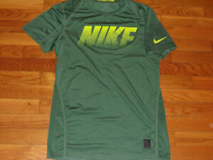 NIKE PRO DRI-FIT SHORT SLEEVE MOSS FITTED JERSEY MENS SMALL EXCELLENT CONDITION
