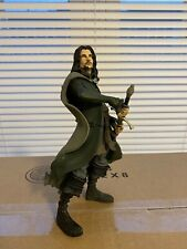 Weta Mini Epics #7 - Aragorn - Lord of the Rings Vinyl Figure, Scratch & Dent