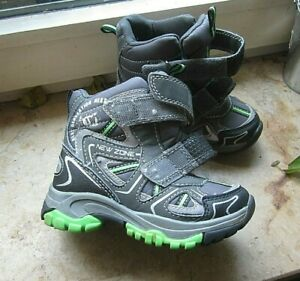 warme sportliche schlechtwetter schuhe boots deltex klett 25 neuwertig