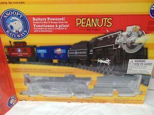 "Lionel G Gauge Peanuts Snoopy Railways Train set in box 7-11489 72"" x 55"" oval"