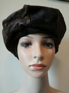 Vintage 1960s/1970s Brown Cow Hide/Skin, 8 Sectioned Beret/Hat. Lined.  Large.