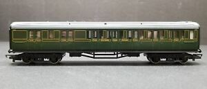 Tri-ang Hornby OO R.432 Southern Railway Maunsell Corridor Express Coach Green #