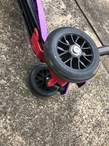 kids micro 3  scooter Purple excellent Condition