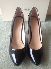 WITCHERY Black Patent Leather Stud Pumps / Heels Size 39 BNWOT