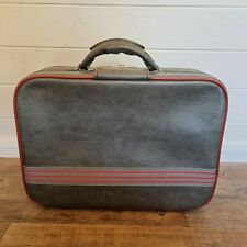 Vintage Grey And Red Leather Look Small Locking Suitcase + Key Holdall Weekend