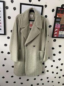 TU Coat 20