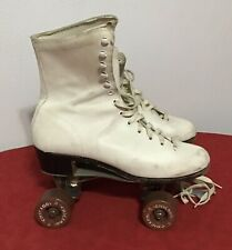 Vintage Chicago 76P Cream/Ivory Ladies 76 Roller Skates Size 7 w/ Brown Wheels