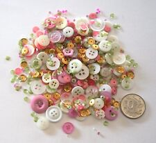 NO 552 SCRAPBOOKING - 100+ PINK & WHITE BUTTONS BEADS SEQUINS - EMBELLISHMENTS