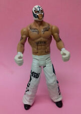 WWE Wrestling Classic White REY MYSTERIO Mattel Toy Figure with fighting action