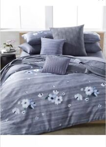 Calvin Klein Bonaire Orchid Queen Duvet Cover and Queen Fitted Sheet! Brand New!