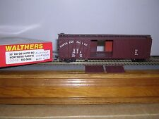 """WALTHERS #5853  Northern Pacific 50'D.D.Box Car #4803 Built-up """"H.O.Gauge"""""""
