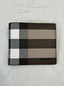 Brand New Genuine Burberry Check E-canvas International Bifold Wallet RRP £250