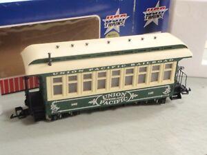 USA Trains R-30303 UNION PACIFIC PASSENGER #165 OVERLAND RAILROAD lighted sale