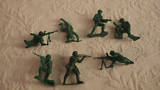 """Lot 7 Army Men Toy Soldiers Plastic Toys Standing Sitting Crawling 2"""" Figures"""