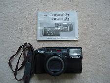 Appareil photo NIKON TW ZOOM 105 avec étui