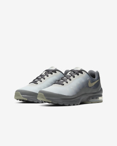 Nike Air Max Invigor UK Size 5 EUR 38 Women's Trainers Grey Black Shoes