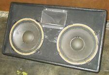 Paar, zwei nebeneinander JBL K120 Floor Monitor Lautsprecher mit Walze Road Case gebraucht