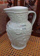 sehr schöne Mettlach Schenkkanne - Weinkanne mit tollem Ornament um 1900/10